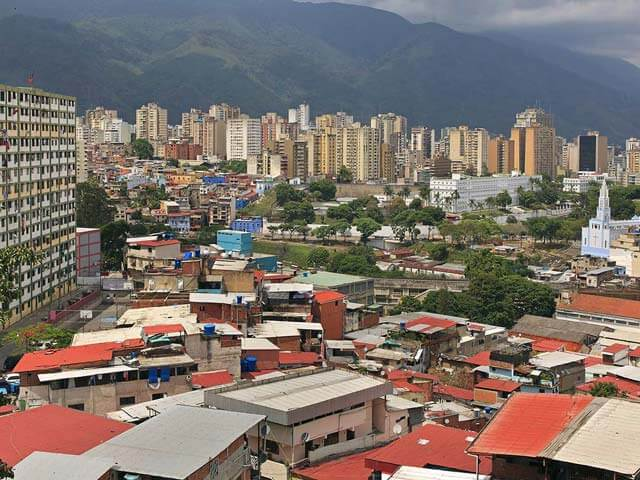 Book your flight to Caracas with eDreams