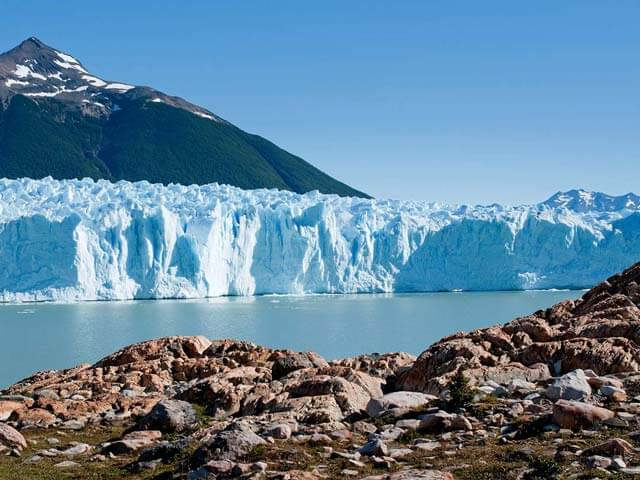 Book your flight to El Calafate with eDreams
