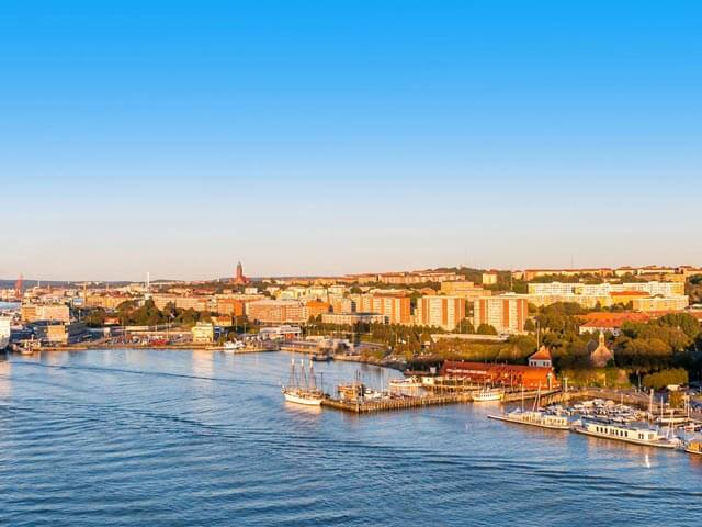 Book your flight to Gothenburg with eDreams