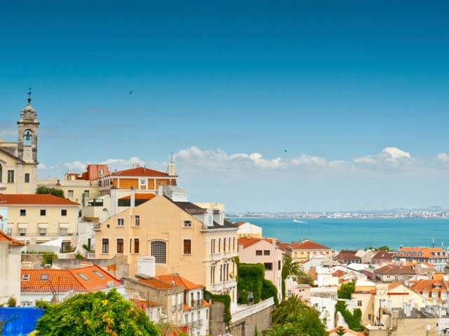 Book your flight to Lisbon with eDreams