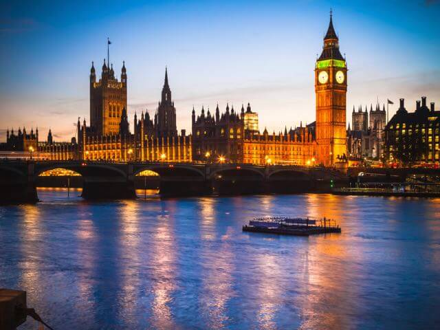 Book your flight to London with eDreams