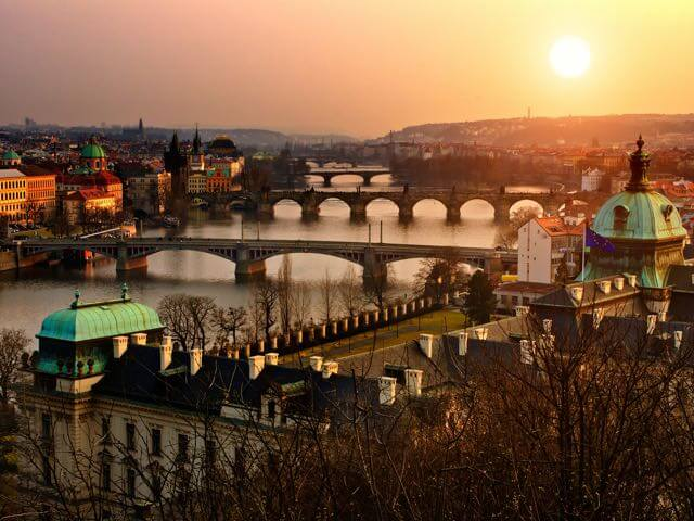 Book your flight to Prague with eDreams