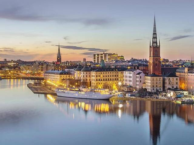 Book your flight to Stockholm with eDreams